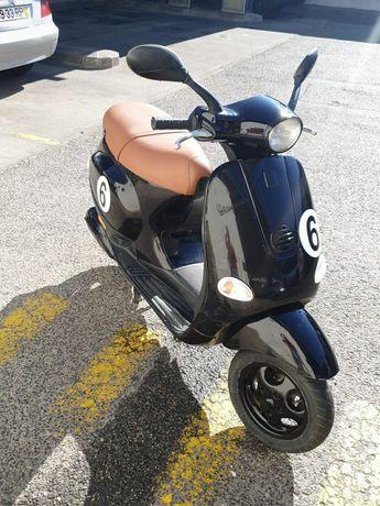 Vespa ET4 50 cc.