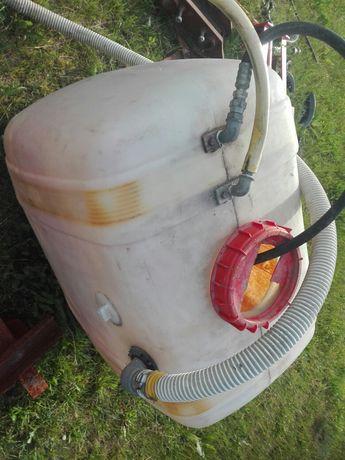 Beczka do opryskiwacza na wodę