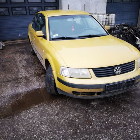 VW Paassat B5 ,1,8 110 kW-1999r-na części