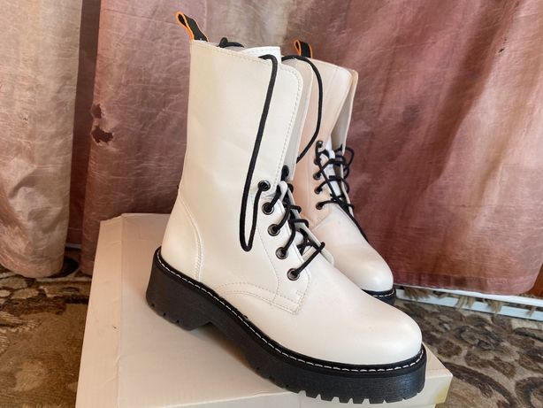 Женские ботинки 36р