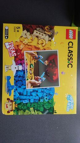 Lego Classic 11009, okazja dwa swiecace klocki , Teatr Cieni