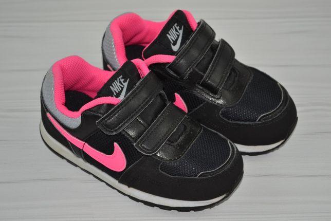 Кроссовки Nike р.25