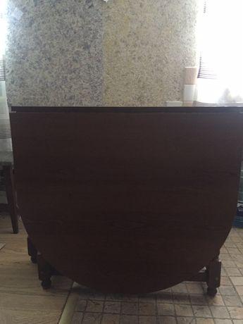 Розкладний стіл