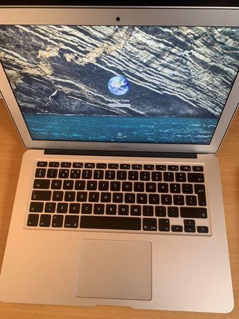 Macbook air 13 i5 8GB