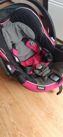 Fotelik samochodowy Besafe czarno-różowy 0-13kg