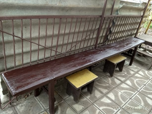Продам деревянную скамейку,деревянные окна, сиденье для ванны.