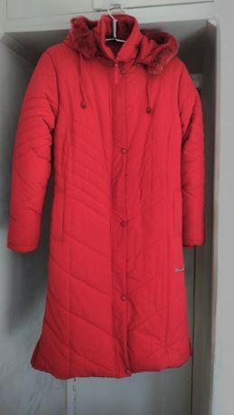 Пальто зимнее стеганное (новое)