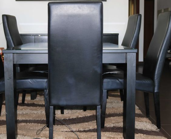 Venda de mobília casa de jantar