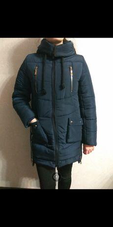 Очень тёплая зимняя куртка в идеальном состоянии