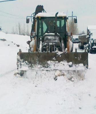 Уборка снега, земляные работы