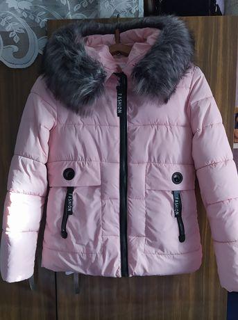 Куртки зимние розовая,синяя перчатки в подарок