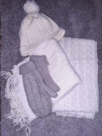 Zimowy komplet czapka rękawiczki komin i szal