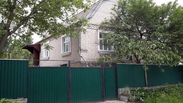 Будинок в смт Ружин