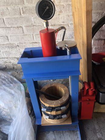 Пресс для масла на 35 тонн с корзиной из ясеня