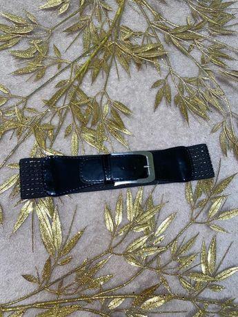 Пояс ремень ремешок чёрного цвета чёрный с золотом