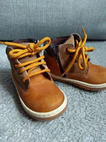 Buty przejściowe roz 21
