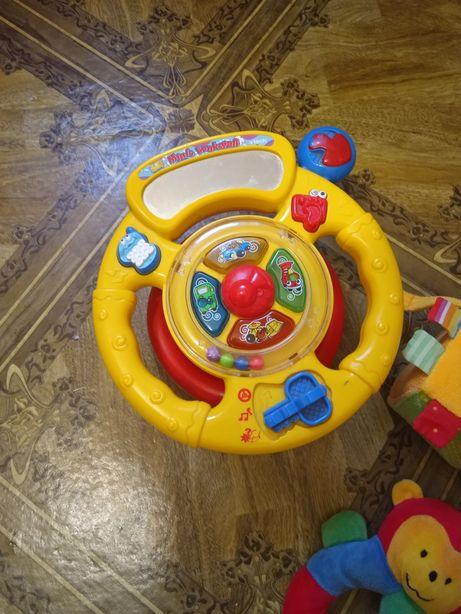 Іграшки від народження до року
