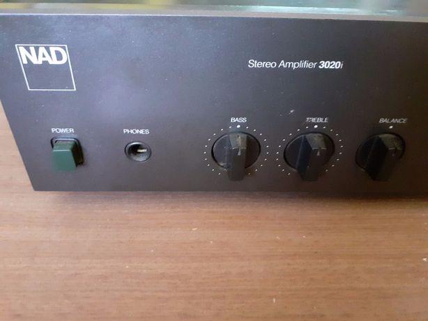NAD 3020i, amplificador HI-FI