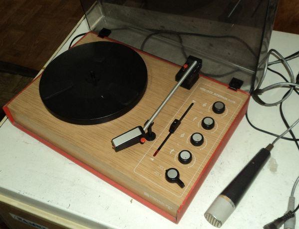 Gramofon Unitra Fonica WG-417