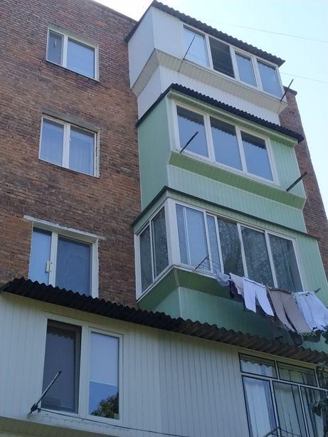Продам 2-х кімнатну квартиру м.Червоноград,вул.Івасюка