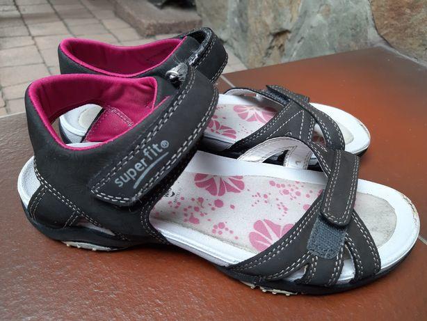 Sandałki Superfit rozm.36 czarne różowe sandały