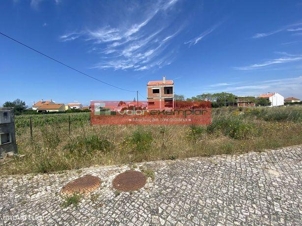 Lote c/ 272,70 m2 excelente localização