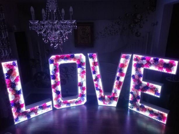 Podświetlany napis Love - wynajem