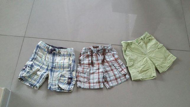 Krótkie spodenki dla chłopca 3-4 latka