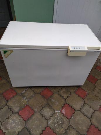 Морозильна камера AEG скриня
