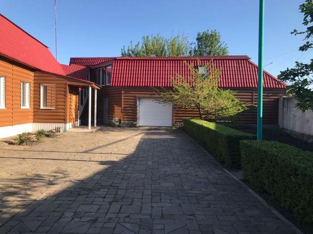 Продаю двухэтажный дом в Лисичанске