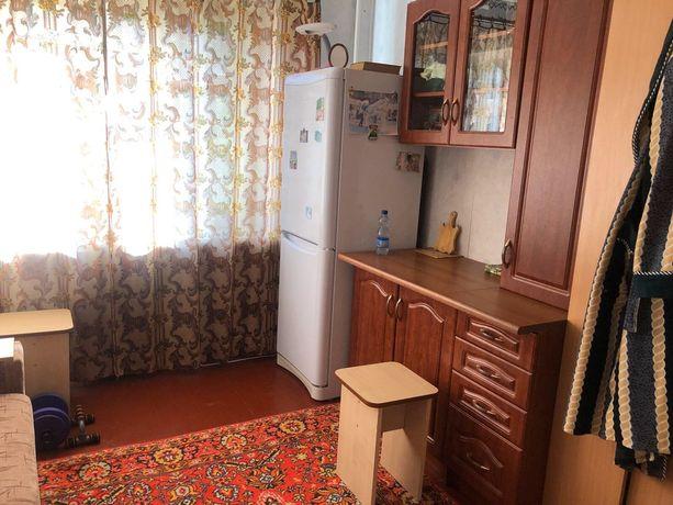 Продам кімнату в сімейному гуртожитку в центре
