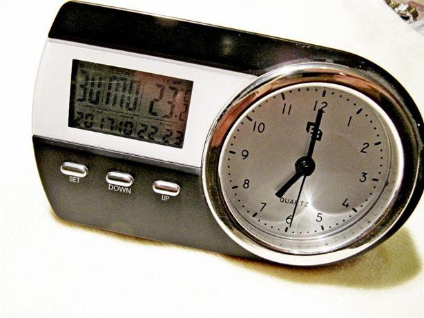 Часы настольные с термометром и будильником, новые