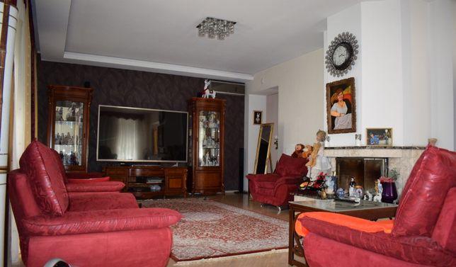 Современный дом в Киеве метро Нивки