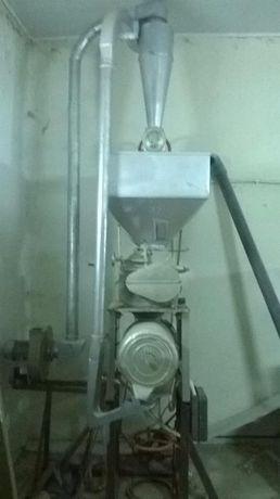 2 нових млина ,очистка зерна,ДКУ кран піонер