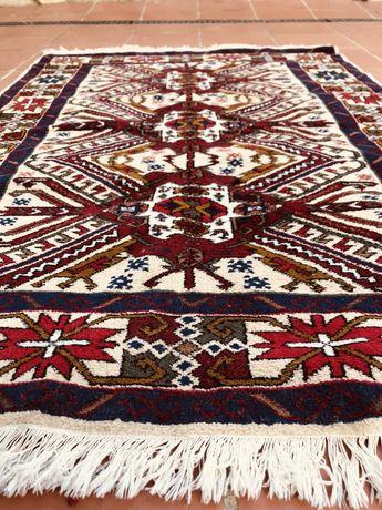 BAIXA de Preço! Centenário, lindo tapete Persa de Tabriz, 144x104cm.
