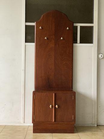 Móvel/cabide de 2 portas em madeira
