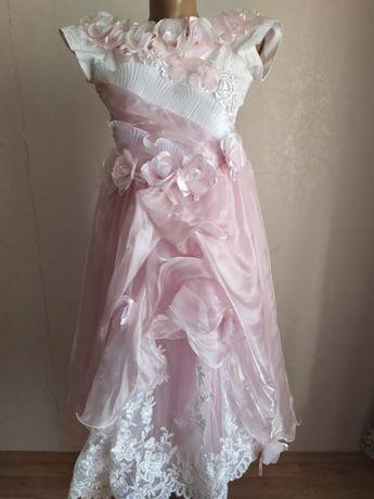 Детское, бальное, нарядное, торжественное платье