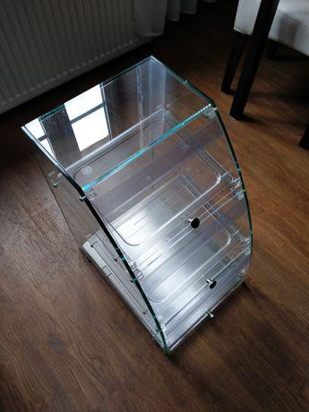 Lada sklepowa szklana