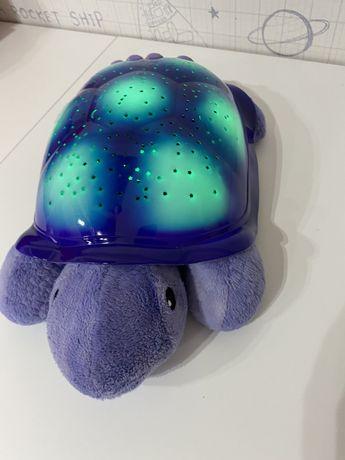 Żółw z projektorem nieba