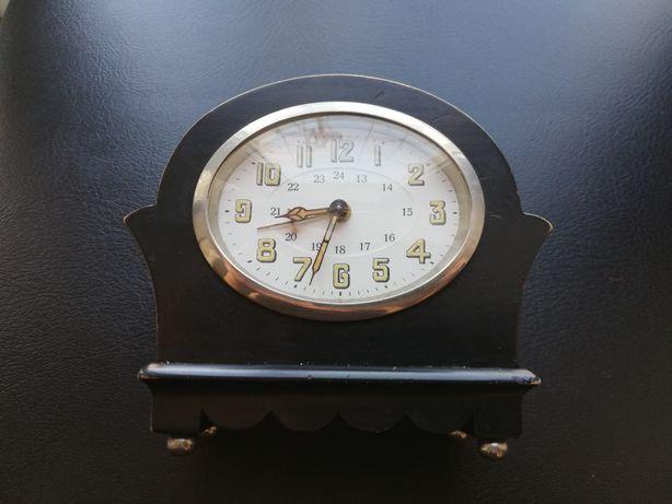 Старінний годиник