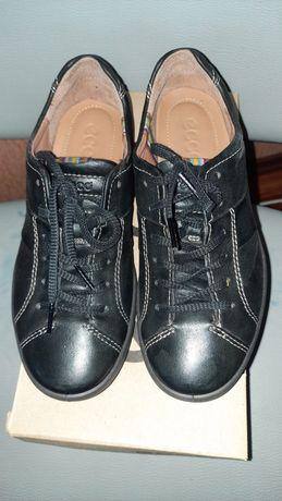Туфли,кроссовки Ecco кожанные новые 36 р.Словакия