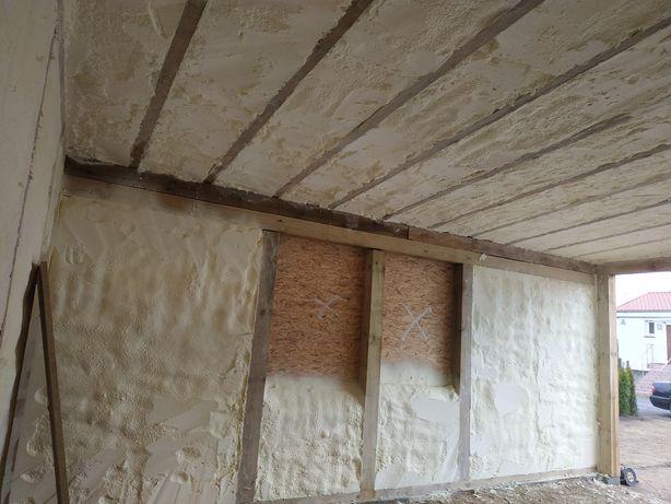 Ocieplanie pianką PUR poddasza - izolacje natryskowe pianą dachu