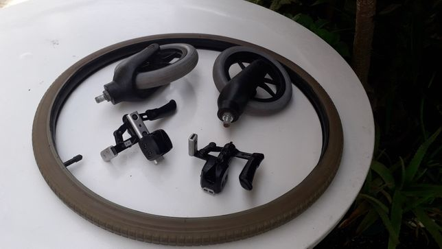 Cadeira de rodas, pneu com câmara de ar