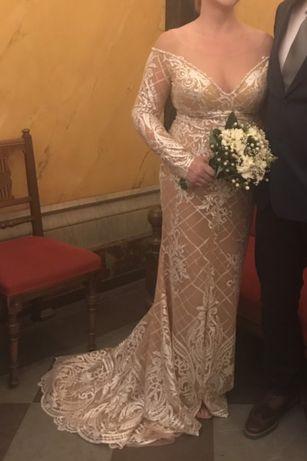 Вечернее свадебное платье