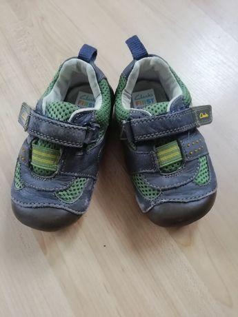 13,2 Adidasy Clarks 21 Półbuty Pierwsze buty buciki
