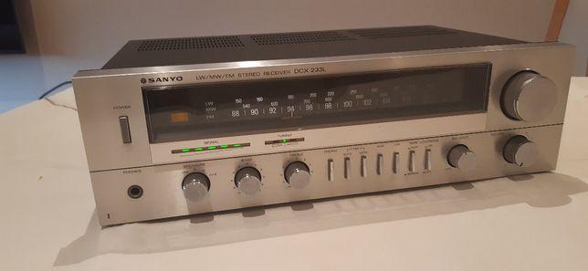 Amplificador Receiver Sanyo DCX233L