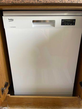 Máquina Lavar loiça Beko - Nova