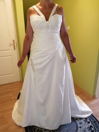Nowa suknia ślubna z firmy Lilly, rozm. 44 (42), z kompletem metek