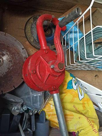 Pompa zeliwna do beczki