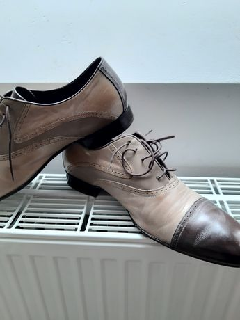 Buty skórzane eleganckie 43